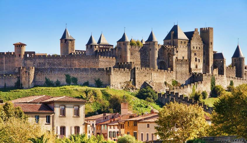 The Fortified City of Carcassonne and Oysters' Tasting